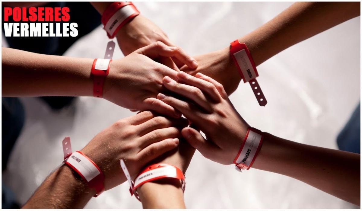 Сериал красные браслеты россия смотреть онлайн 1 серия