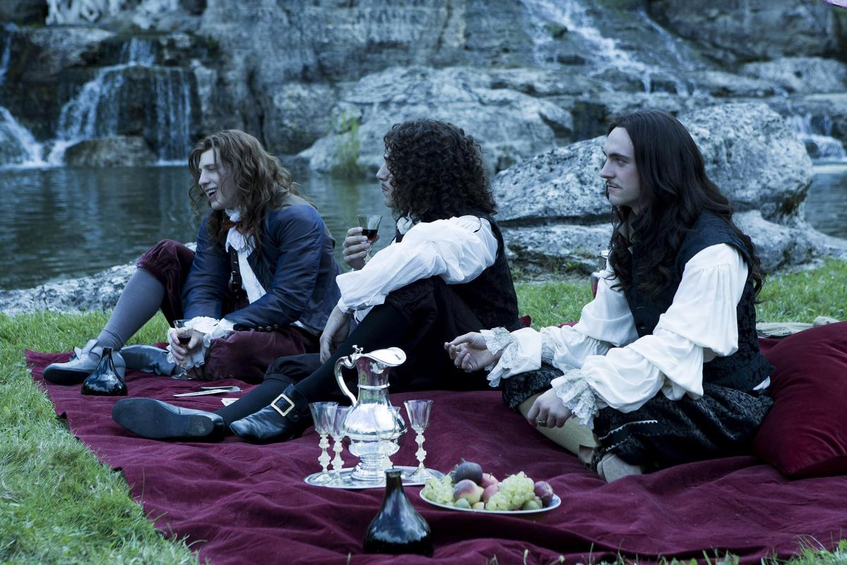 Версаль (Versailles) - кадры из сериала (18).jpg