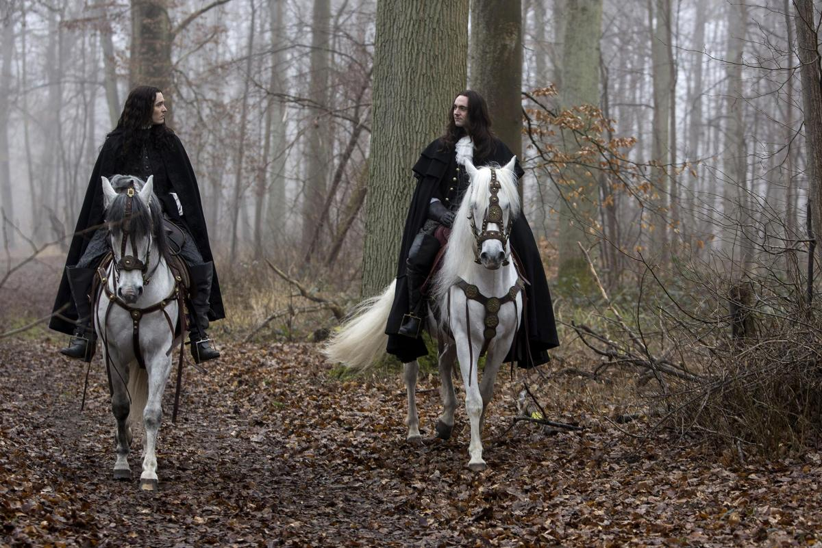 Версаль (Versailles) - кадры из сериала (14).jpg