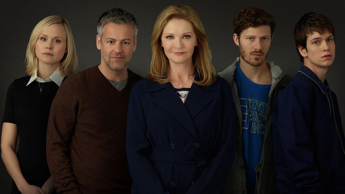 Семья (The Family) - каст сериала 2016, промо.jpg