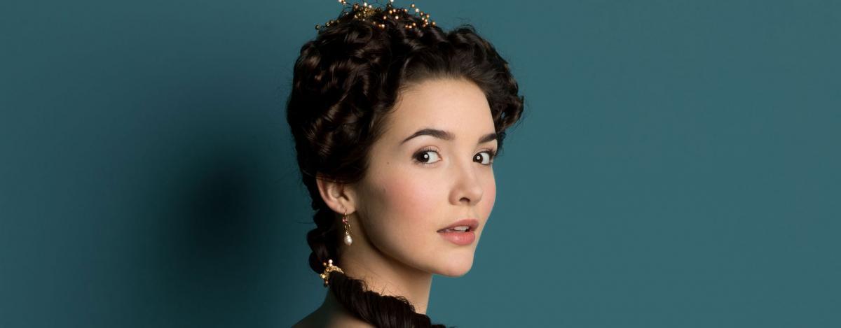 Версаль (Versailles) - актеры и роли, каст сериала - Софи.jpg