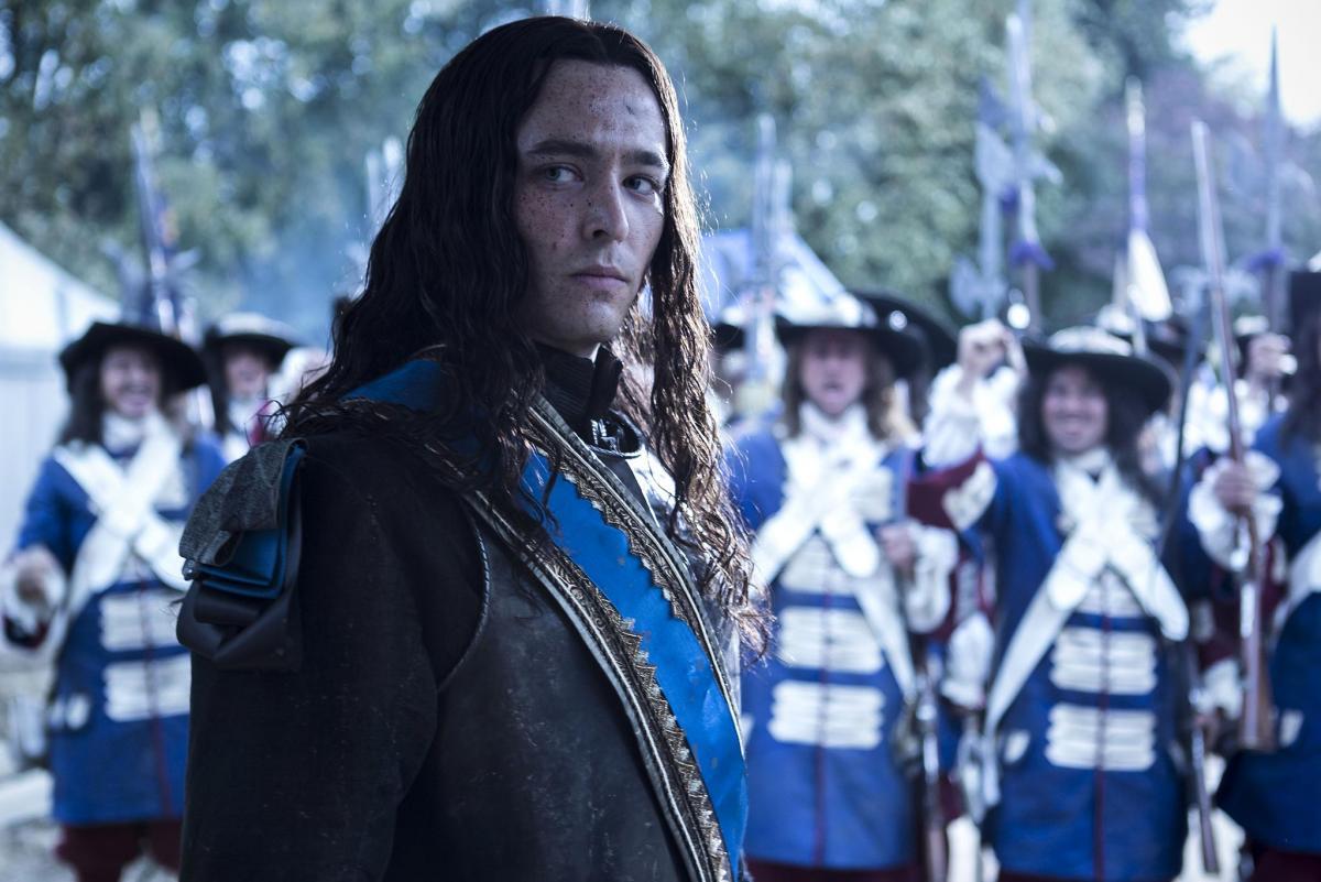 Версаль (Versailles) - кадры из сериала (02).jpg