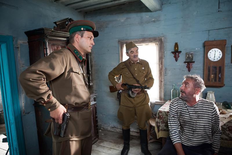 По законам военного времени - кадры из сериала (03).jpg