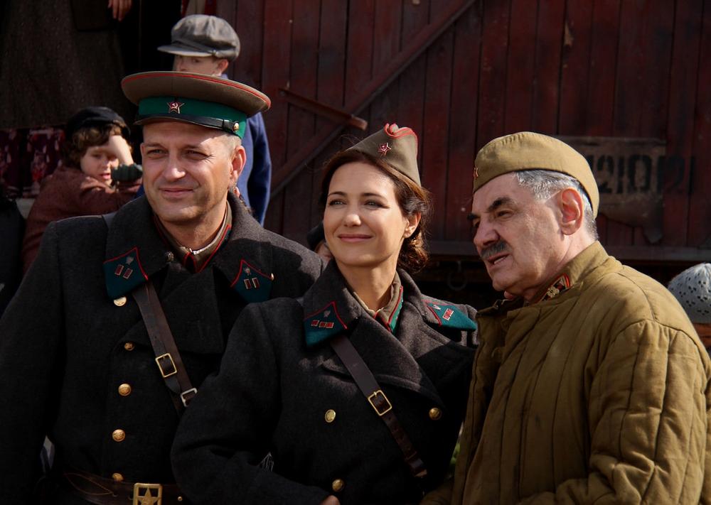 По законам военного времени - 2 - кадры из сериала (01).jpg