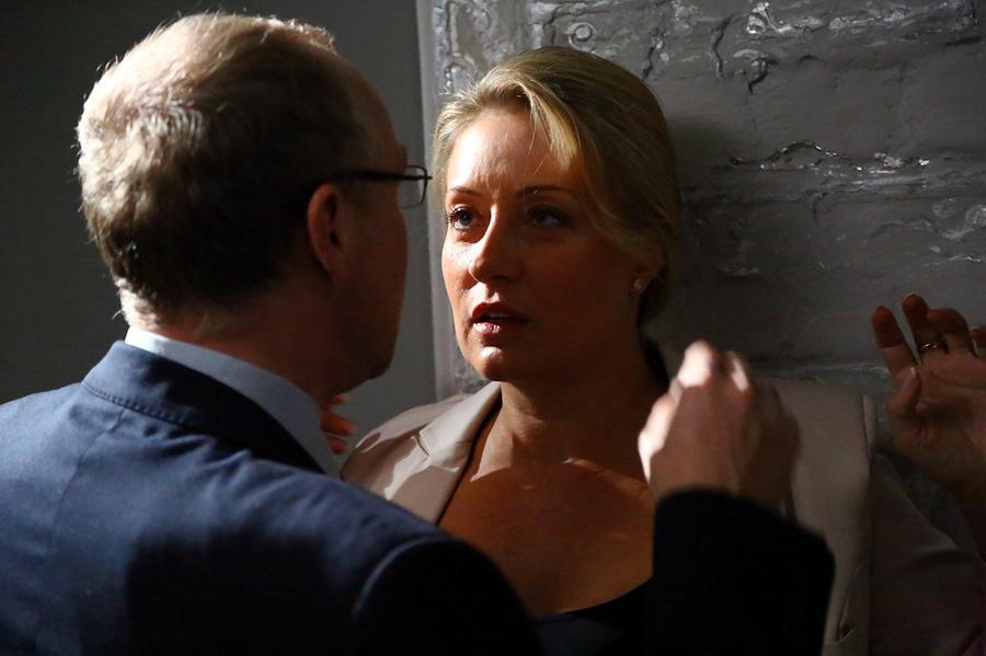 Плюс любовь - кадры из сериала (08).jpg