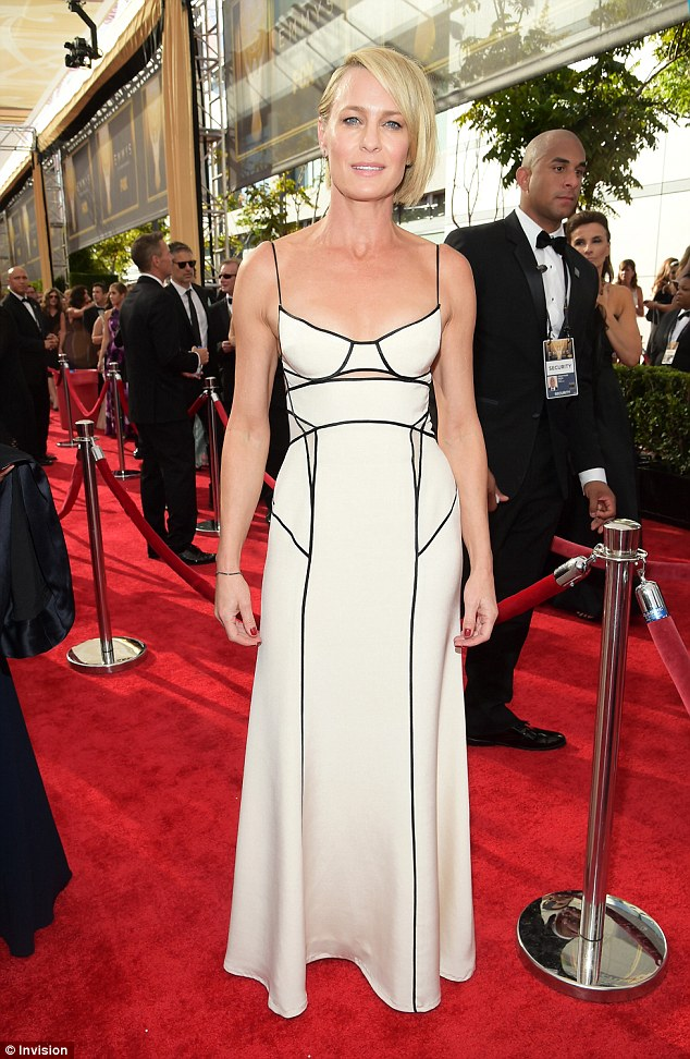 robin-wright-emmy-1.jpg