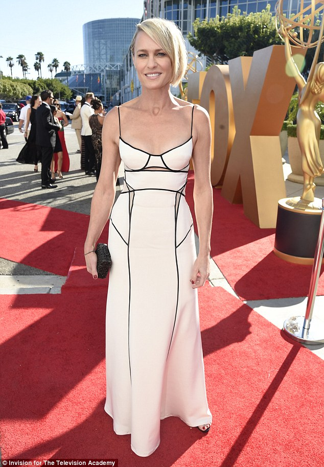 robin-wright-emmy-2.jpg