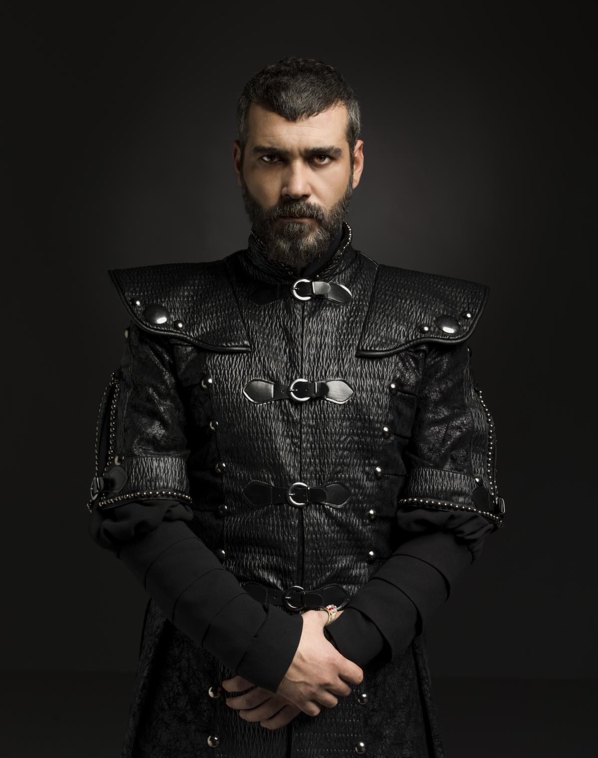 Silahtar Mustafa Paşa (ВЕЛИКОЛЕПНЫЙ ВЕК. КЁСЕМ - 2 СЕЗОН).jpg