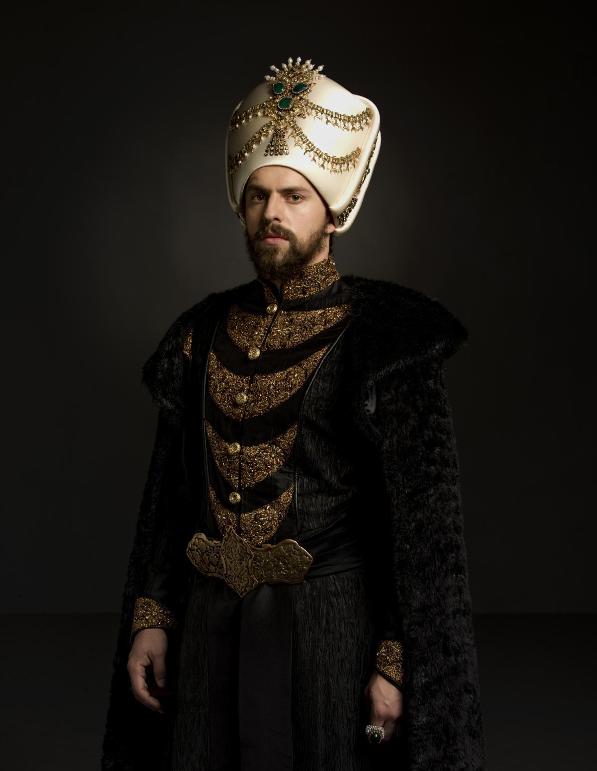 Sultan Murad (ВЕЛИКОЛЕПНЫЙ ВЕК. КЁСЕМ - 2 СЕЗОН).jpg