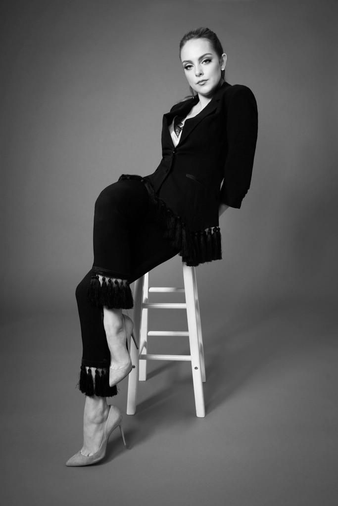 Liz Gillies - Return of Dynasty (02).jpg