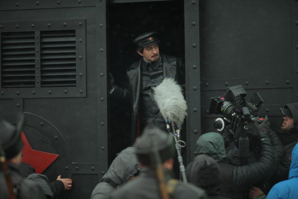 Троцкий - кадры из сериала (02).jpg
