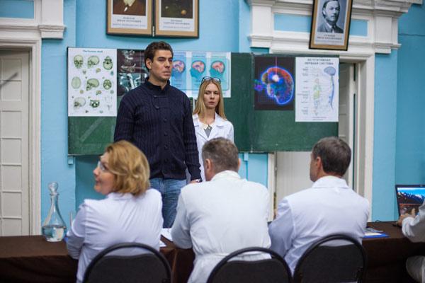 Временно недоступен (Россия, 2015) - кадры из сериала (08).jpg